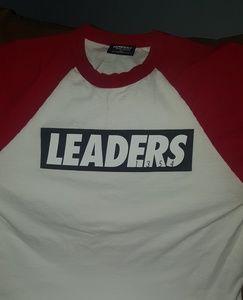 Leader T-shirt Size XL